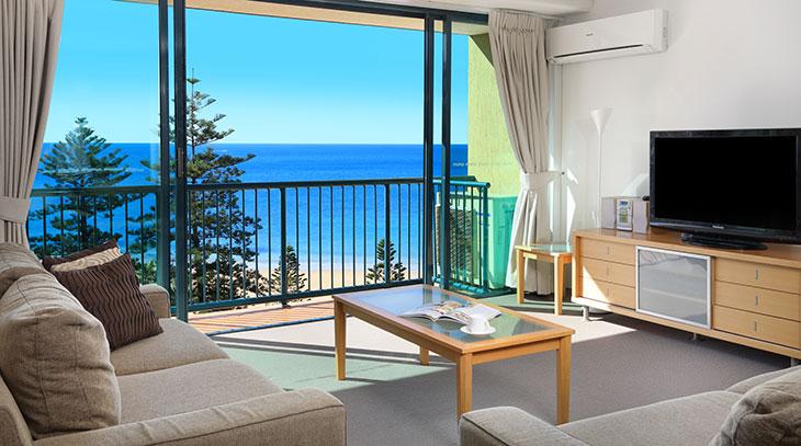 Three Bedroom Standard Apartments Accommodation Mooloolaba Peninsular Beachside Resort